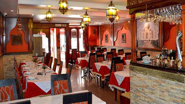 Sala - Taj Mahal Restaurante Indiano e Italiano, Cascais