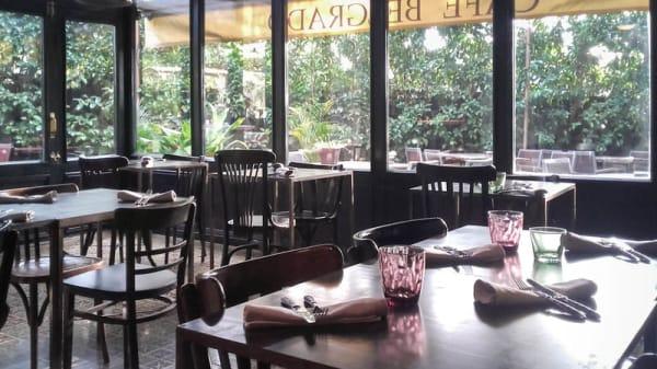 Vista del interior - Café Belgrado, Sant Cugat del Vallés