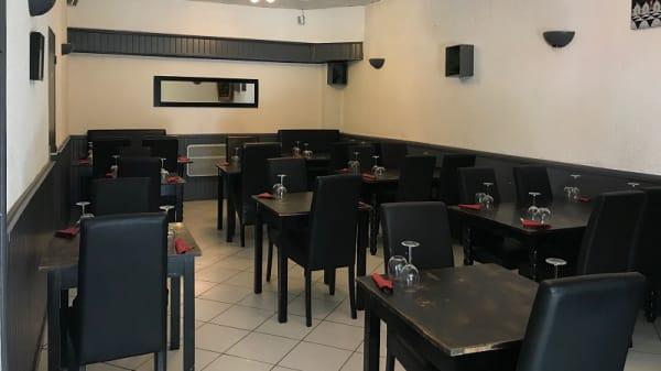 Salle du restaurant - Deux Délices, Bègles