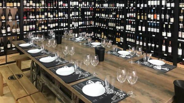 Mesa - Estado D Alma - Bistro .Wine Bar .Garrafeira, Lisboa