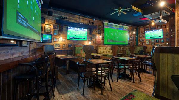 Vista de la sala - The Wild Rover – Irish Sports Bar, Barcelona