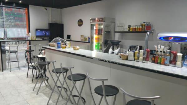 Vista sala - Baton Rouge Sandwiches, Girona