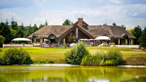 Vue extérieure - Restaurant des Lacs Golf Hotel***de Mont Griffon, Luzarches