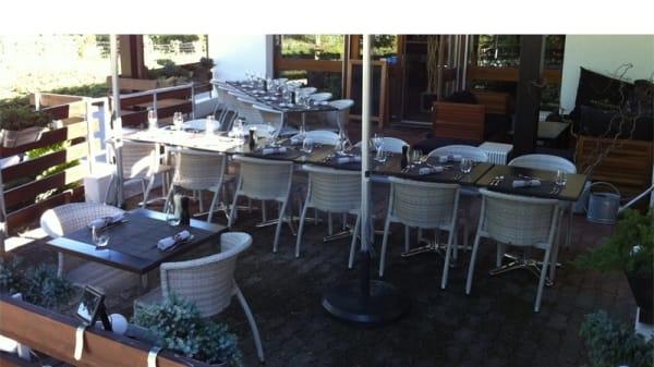 Tables dressées - Restaurant Evordes Country Club, La Croix-de-Rozon