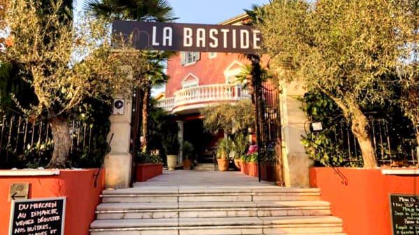 Entrée - La Bastide - Bistronomie, Or