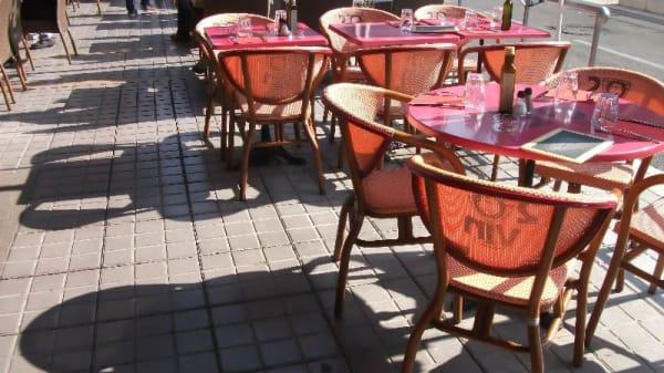 Terrasse - Vin sur Vin, Nice