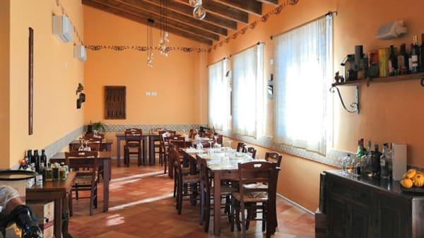 Vista sala - La Giuggiola Trattoria, Ravenna