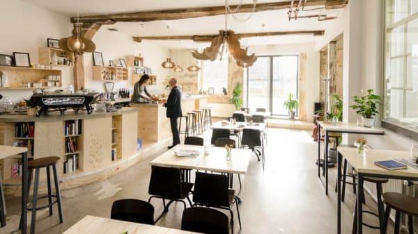 Stadscafé Barbaar in Delft - Menu, openingstijden, prijzen, adres van  restaurant - TheFork (voorheen IENS)