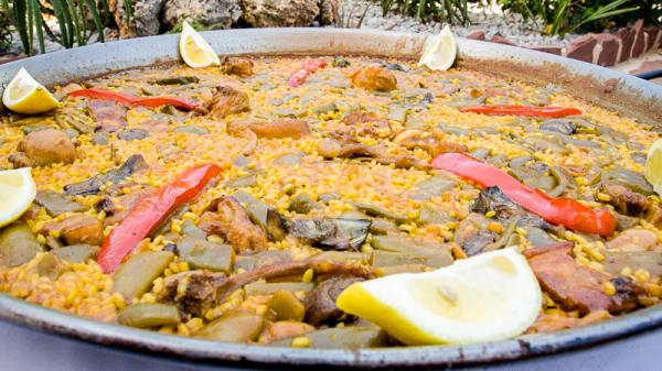 Paella Valenciana - Chef Amadeo, Gandía