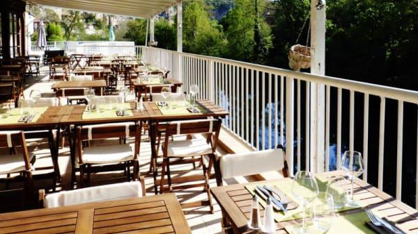 terrasse restaurant - Restaurant de l'Hôtel des Grottes, Cabrerets