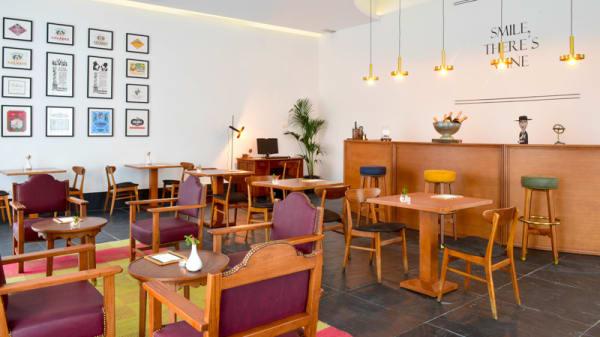 Bar - Book Restaurant & Terrace, Lisboa