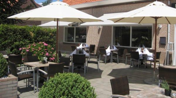 Terras - Fletcher Hotel-Restaurant De Gelderse Poort, Ooij