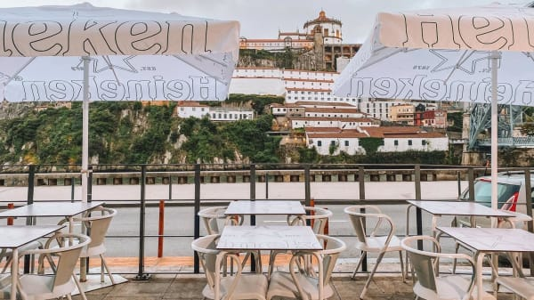 Wine Lover's Tapas, Porto