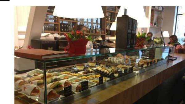 amplia scelta di piatti.JPG - RED - Parma, Parma