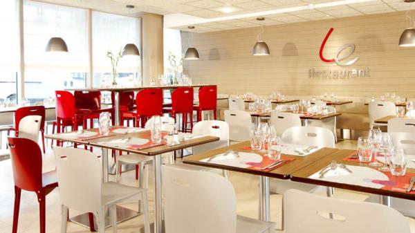 Salle restaurant - Campanile Paris la Villette, Paris