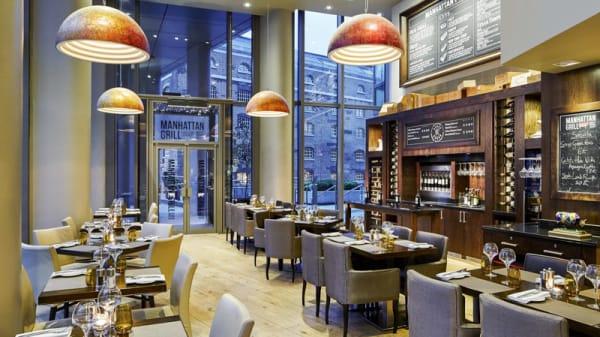 Internal view - Manhattan Grill, London