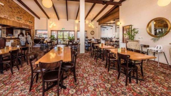 Restaurant - Wintersun Hotel, Bluff Point