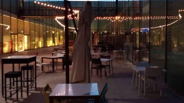 Terrazza ( ideale per gli amici a 4 zampe )  - MEG - Mediateca del gusto, Cagliari