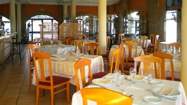 Sala del restaurante - Alfonso VIII, Santa Elena