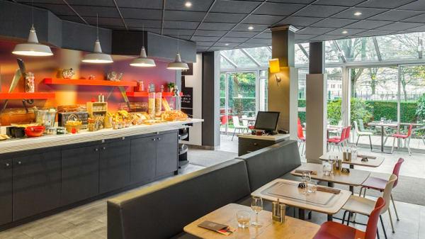 Buffet petit déjeuner - Ibis Kitchen, Meudon
