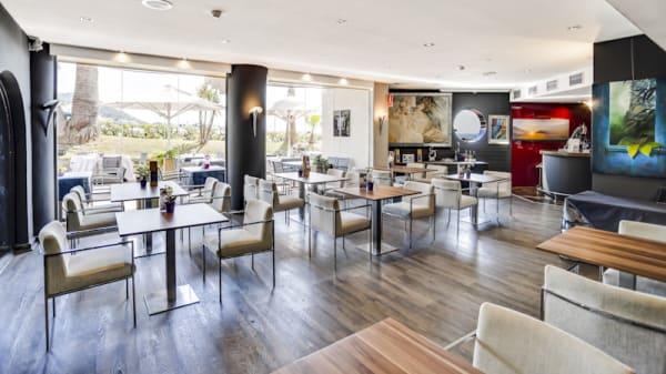 Vista sala - Iris Gallery - Hotel del Arte, Sitges