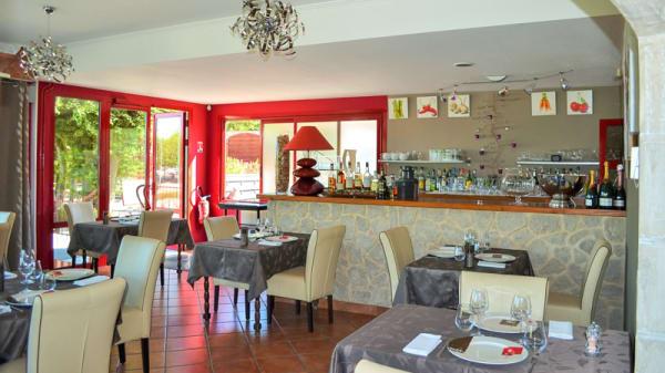 Salle de restaurant - Le Plessis, Blanzy