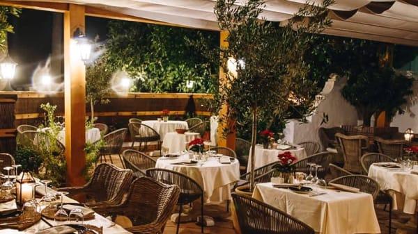 Terraza - Chez Philippe, Marbella