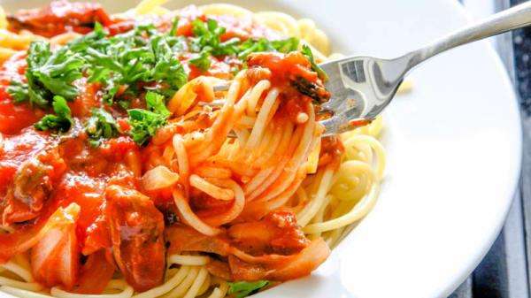 Spaghetti al sugo - Stramania, Barzanò