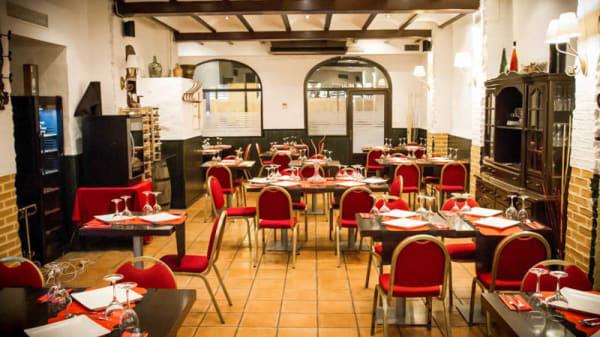 Vista sala - La Sota d'Abastos, Valencia