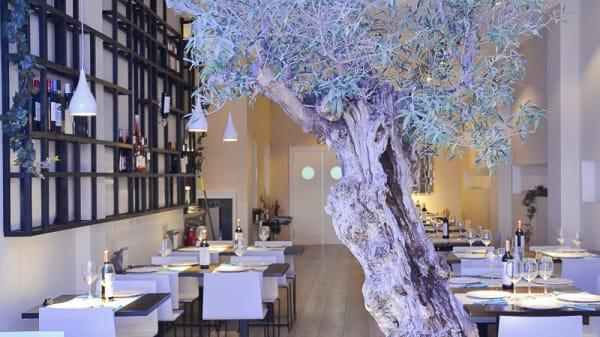 Sala del restaurante - Oliveira, Valencia