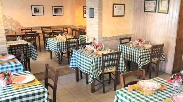 Interno - Osteria la bottega di pinocchio, Ancona