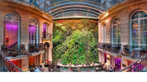 Jardin vertical - Pershing Hall, Paris