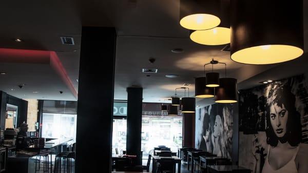 Doof Porto Restaurante e Galeria de Arte, Porto
