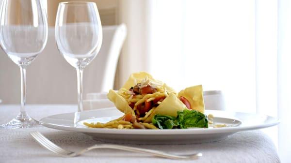Suggerimento dello chef - I Poeti, Pimonte