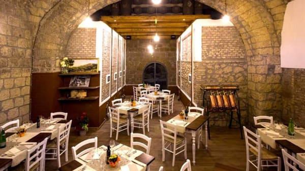 Vista sala - Agriristoro L'Antica Cantina, Caprarola