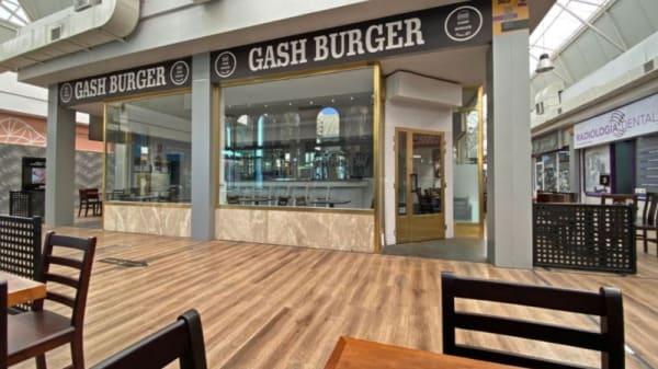Donde estamos; en el centro comercial Fuenlabrada 2 local 303 - Gash Burger, Fuenlabrada