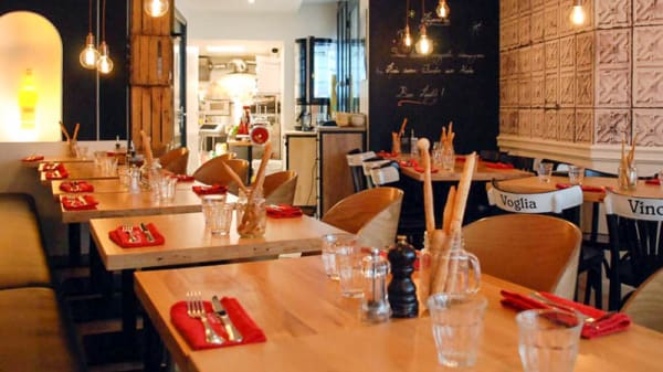 Salon du restaurant - Trattoria Peppone, Versailles