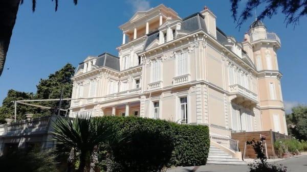 Les Tourelles, Sainte-Maxime