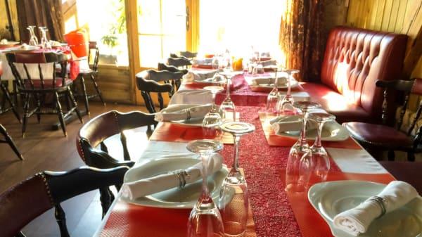 table dressée - Le Chalet, Bagnolet