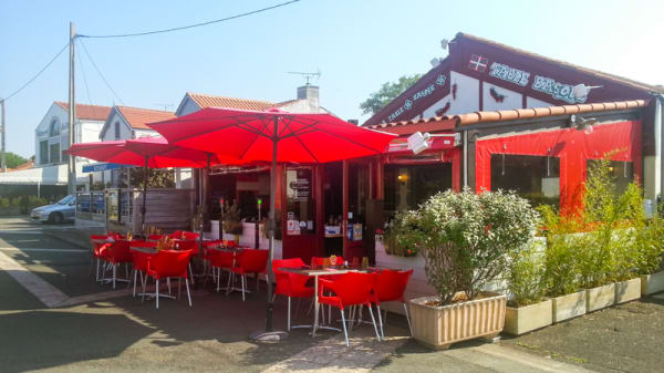 Aperçu de l'extérieur - La Table Basque, La Rochelle