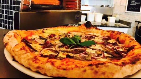 PIZZA DEL GIORNO - Enza & Famiglia Pizze e Vino, Paris