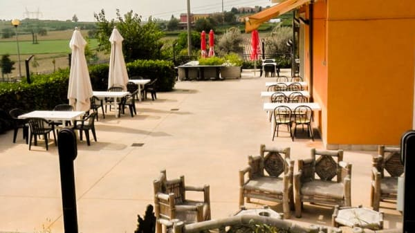 Spazio esterno - Pizzeria Ristorante Osteria San Quirico, Sona