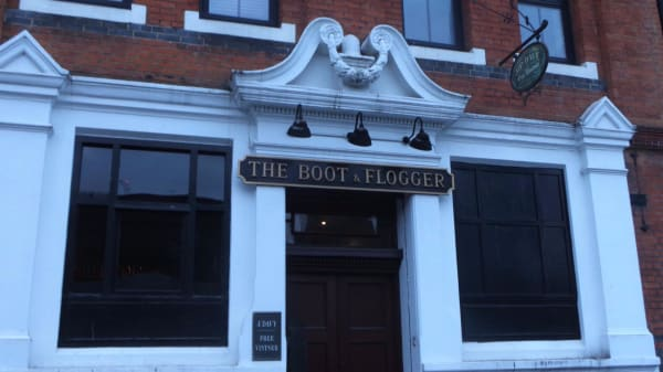 Entrance - Boot and Flogger, London