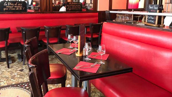 Vue de la salle - Cafe Au Moka, Paris