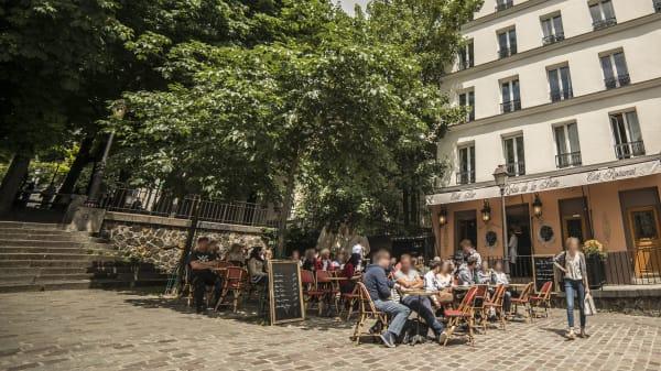 Terrasse - Le Relais de la Butte, Paris