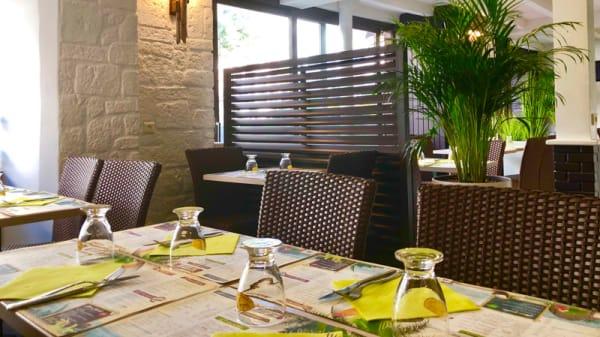 Salle de restaurant - L'Ile O' Crêpes, Châtillon