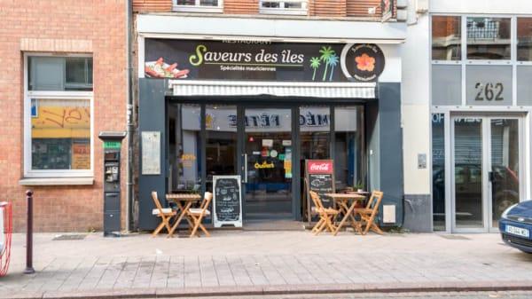 Façade - Saveurs des Îles, Lille
