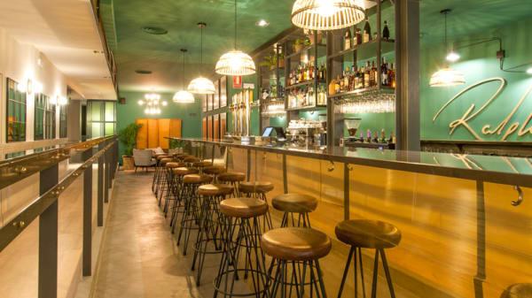 Barra - Ralph's Madrid, Madrid