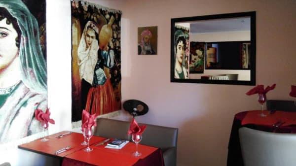 Salon du restaurant - Yol, Lille