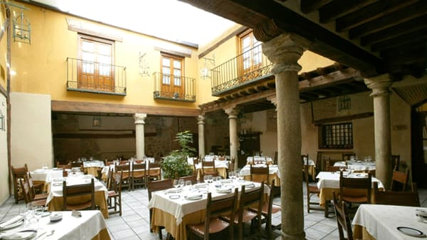 Patio interior - Las Cancelas, Ávila